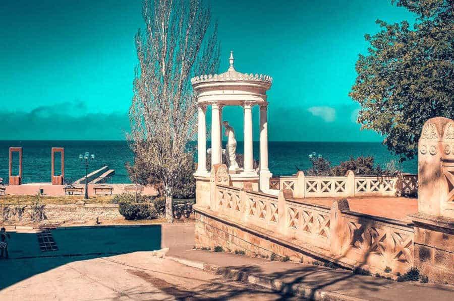 Где покушать и отдохнуть в Феодосии. Кафе, рестораны и развлекательные центры города курорта