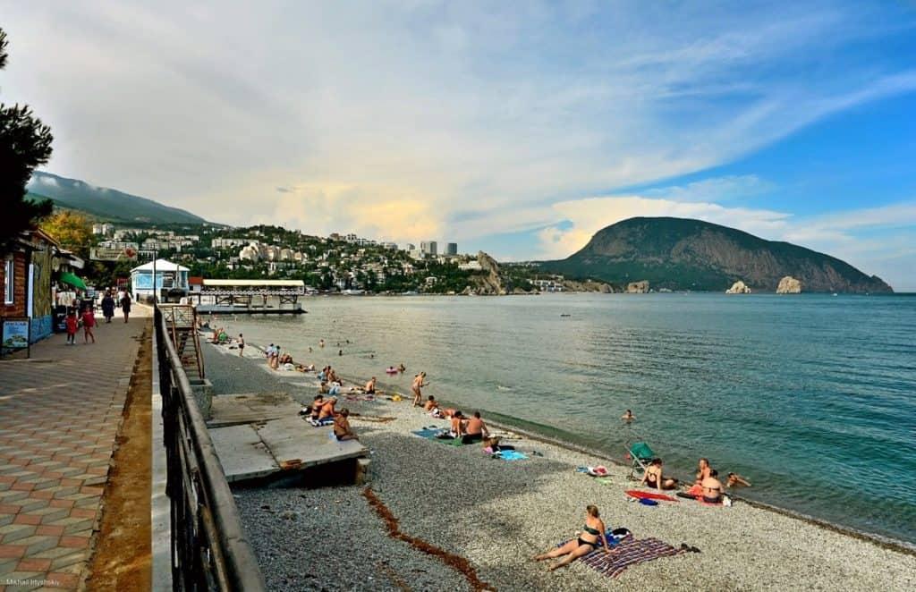 Пляжи Гурзуфа (Крым): фото с описанием, расположение на карте, на набережной, дикие, видео и отзывы.